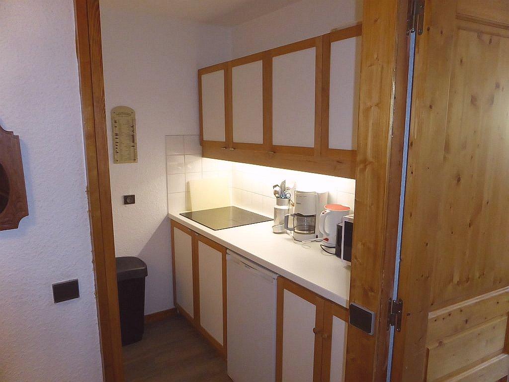 Keuken van de badkamer van appartement Souche 15