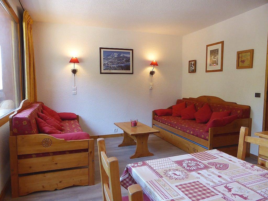 Foto van de woonkamer van appartement Souche 15