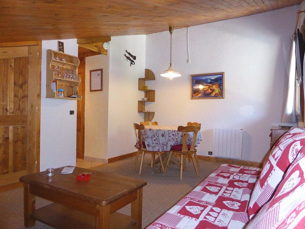 Foto van de woonkamer van appartement Souche 23