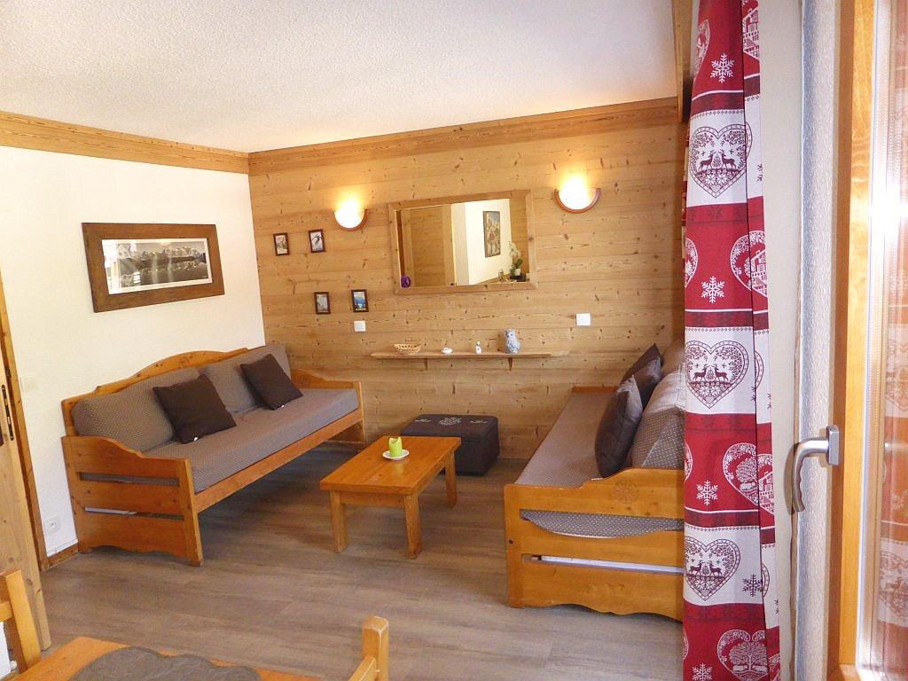 Foto van de woonkamer van appartement Souche 8