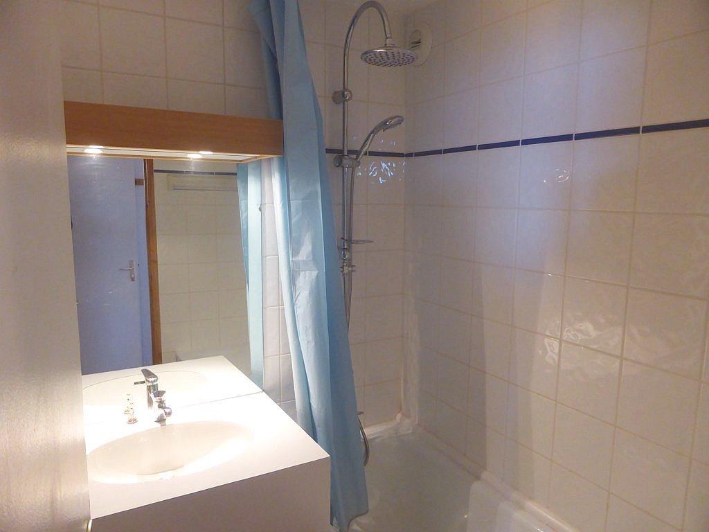 Foto van de badkamer van appartement Clairière 27